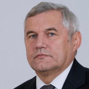 Wiesław Kilian - }, informacje o senatorze Senatu IX kadencji