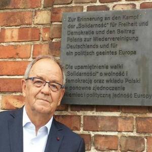 Jerzy Fedorowicz - informacje o senatorze Senatu IX kadencji