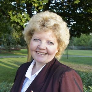 Iwona Brzozowska - informacje o kandydacie do sejmu