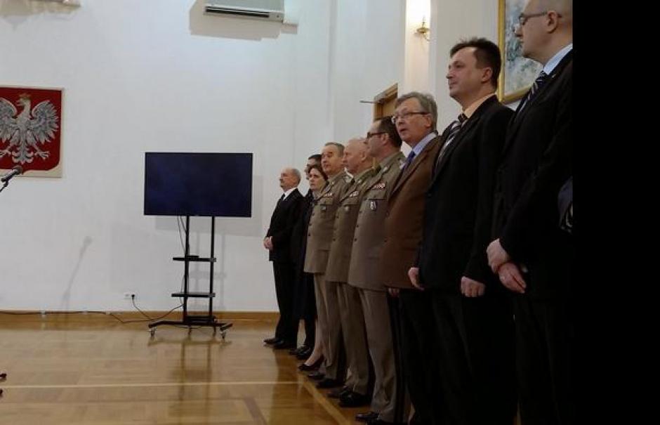Minister Obrony Narodowej powołał 4 lutego, rozporządzenie w sprawie organizacji oraz działania Komisji Badania Wypadków Lotniczych Lotnictwa Państwowego (fot.twitter)