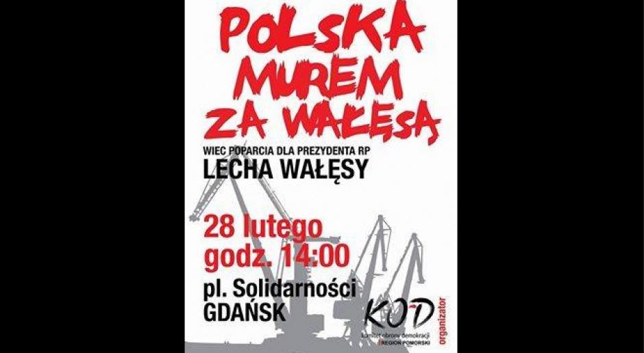 Manifestacja KOD-u w Gdańsku z udziałem Lecha Wałęsy