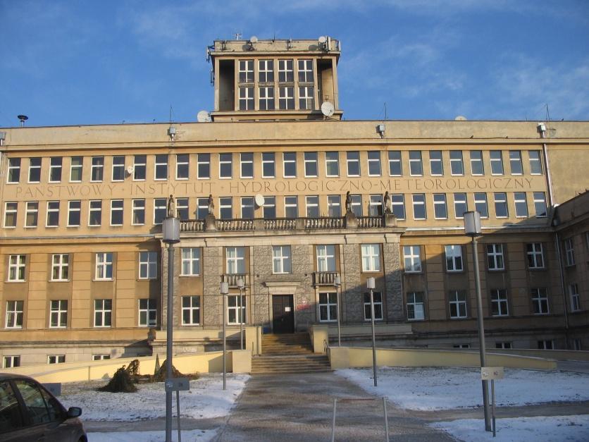 Siedziba IMGW, źródło: Krzysztof Maria Różański, wikipedia.org/CC BY-SA 3.0