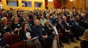 Plan Morawieckiego szansą dla samorządów na… dodatkowe pieniądze w kasie?