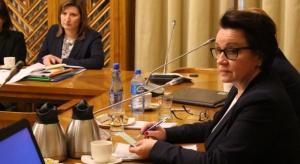 Projekt noweli dot. likwidacji godzin karcianych z powrotem do komisji