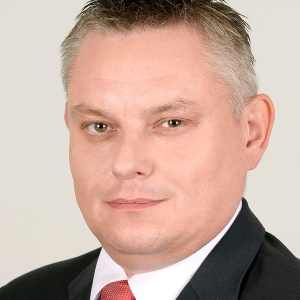 Arkadiusz Grabowski - }, informacje o senatorze Senatu IX kadencji