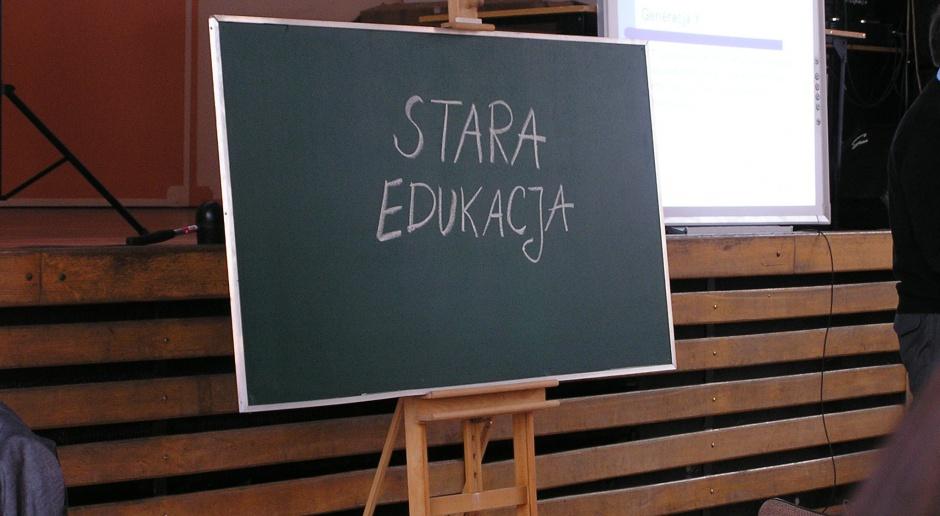 Zarządzający oświatą krytycznie o proponowanej przez MEN reformie edukacji