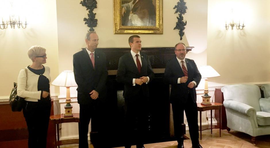 Wizyta ministra Witolda Bańki w Londynie trwała jeden dzień, źródło: msport.gov.pl