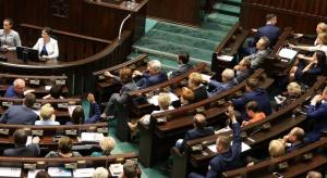Burzliwa debata w Sejmie: Opozycja nie zdołała zablokować budżetu. Ustawa do dalszych prac