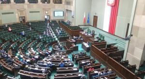 Sejm znowelizował tegoroczny budżet. Rolnicy dostaną zaliczki na dopłaty