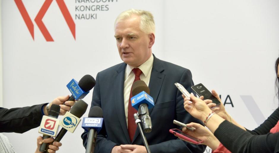Gowin: Tusk był sprawny socjotechnicznie, Szydło stawia na program