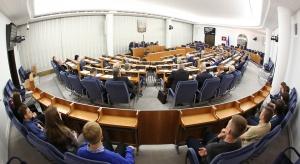 Senat omawia ustawę o organizacji i trybie postępowania przed TK