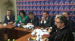 """Posłowie PiS o zachowaniu opozycji: Skandal, awantura polityczna, """"krzyk rozpaczy"""""""