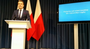 Pozycja ministra Andrzeja Adamczyka zagrożona?