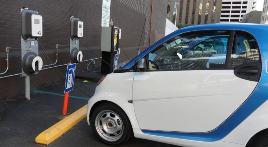 Rząd przygotuje ulgi i dopłaty dla nabywców aut elektrycznych?