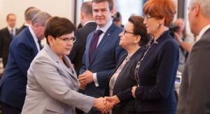 Sondaż IBRiS: Ministrowie do oceny