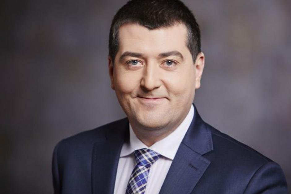 Wiceminister wyjaśnił, że reguła wydatkowa pozwala, by wydatki w całym sektorze finansów publicznych w 2018 r. wzrosły o ok. 36 mld zł (Leszek Skiba, fot. mf.gov.pl)