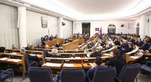 Nowelizacja Karty Nauczyciela bez poprawek Senackich Komisji