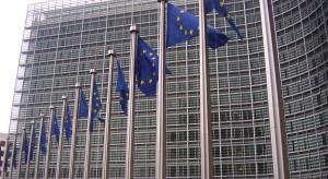 Komisja posuwa naprzód kwestię migracji i karania Warszawy za brak kooperacji