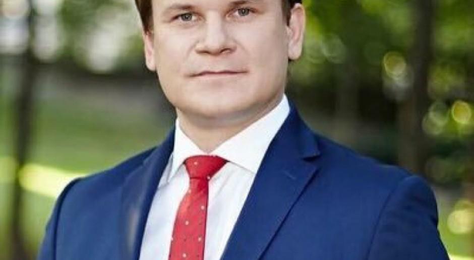 Przegłosowano wniosek o uchylenie immunitetu Dominikowi Tarczyńskiemu