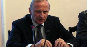Czy Wacław Berczyński nadal bierze pieniądze z MON?