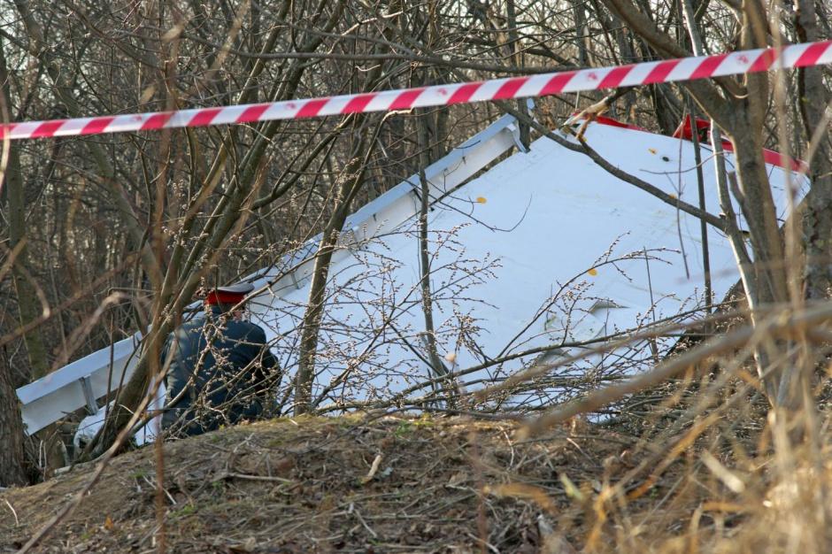 Część wraku samolotu TU-154M, który rozbił się 10 kwietnia 2010 r. (fot.wikipedia.org/ Serge Serebro, Vitebsk Popular News)