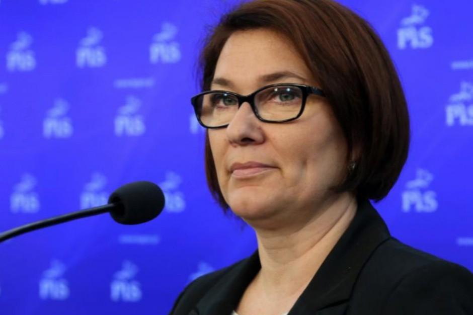 Odrzucimy wniosek o konstruktywne wotum nieufności - powiedziała rzeczniczka PiS (Beata Mazurek, fot.pis.org.pl)