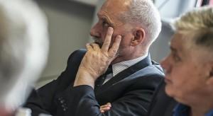 Rekonstrukcja rządu: Antoni Macierewicz zostanie na stanowisku?