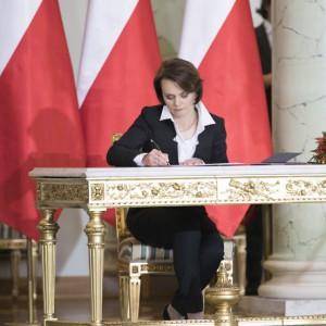 Jadwiga Emilewicz - Minister przedsiębiorczości i technologii - oceniaj pracę rządu