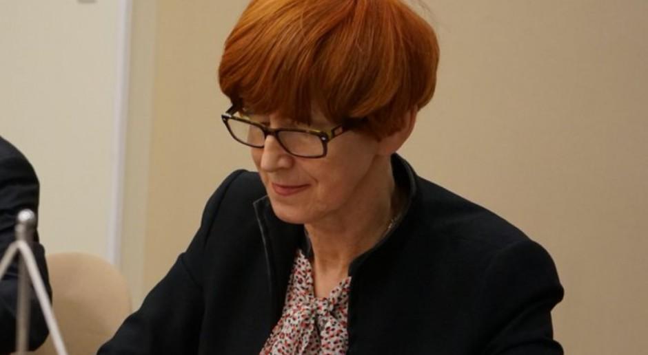 Elzbieta Rafalska o e-zwolnieniach: Nie uciekniemy przed cyfryzacją