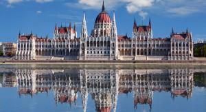 Parlament Węgier uchwalił pakiet ustaw antyimigracyjnych