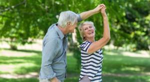 Polacy żyją coraz dłużej. Są najnowsze dane