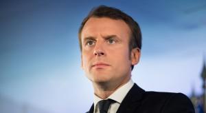 Emmanuel Macron kreuje się na rzecznika Europy