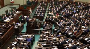 PiS nie chce zwolnić emerytur z podatku dochodowego
