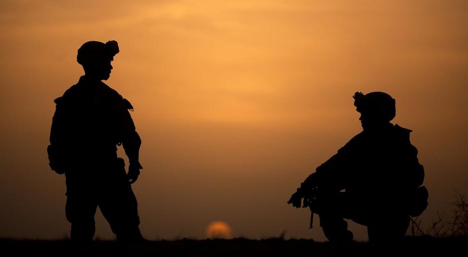 Ustawa degradacyjna bez poprawek. Wojskowi stracą stopnie