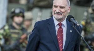 MON: Macierewicz gwarantem wyjaśnienia katastrofy smoleńskiej