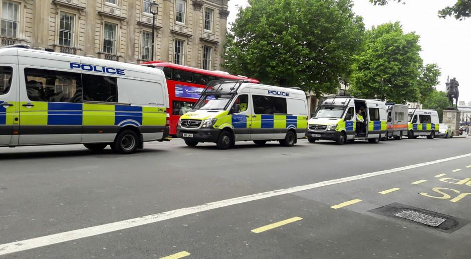 W Wielkiej Brytanii rośnie liczba gróźb wobec posłów