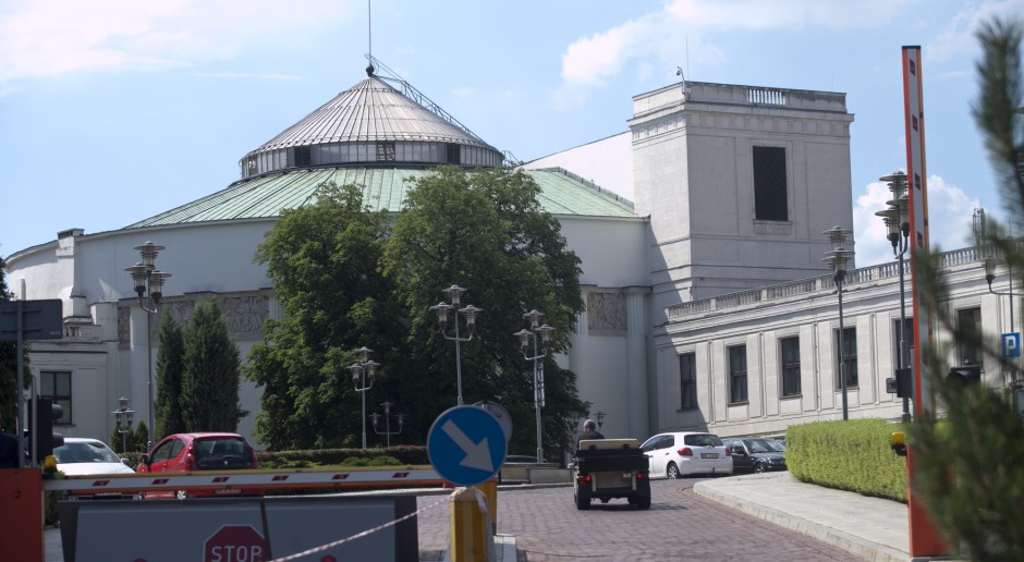 Protestujący w Sejmie są zastraszani? Dostali właśnie zakaz