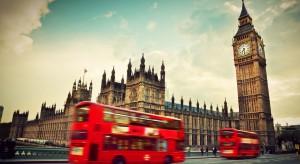 Brytyjczycy zebrali milion podpisów przeciwko zawieszeniu parlamentu