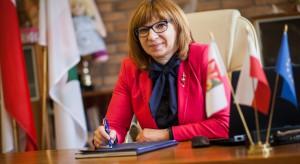 Umowa burmistrz z poprzednim szefem MON nadal aktualna?
