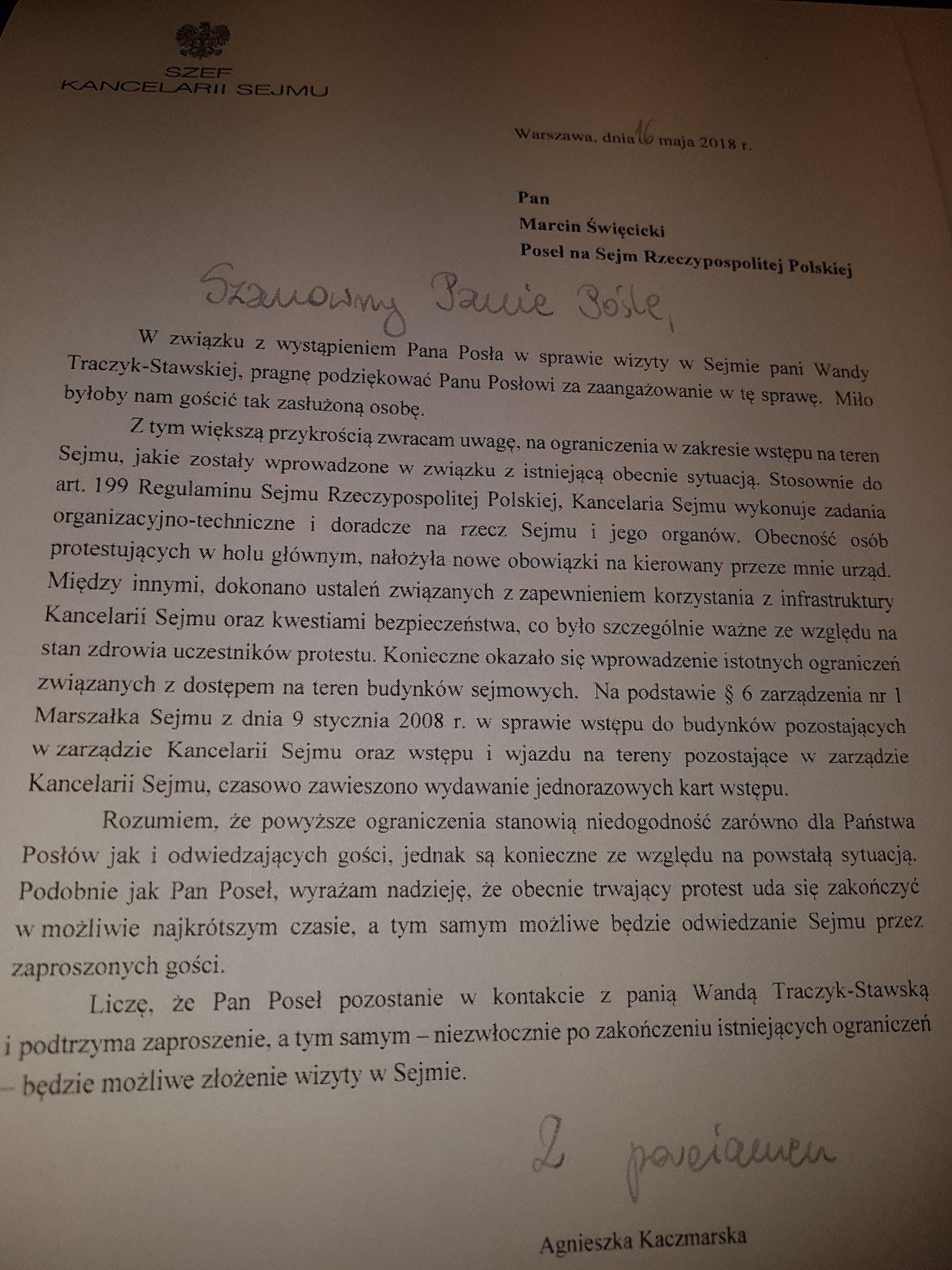 Odpowiedź Kancelarii Sejmu dla posła Marcina Święcickiego, w której uzasadnia sięodmowę wejścia do Sejmu dla Wandy Traczyk-Stawskiej, źródło: twitter.com/MarcinSwiecicki