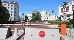Troje posłów opozycji otrzymało zakaz wjazdu samochodami na teren Sejmu
