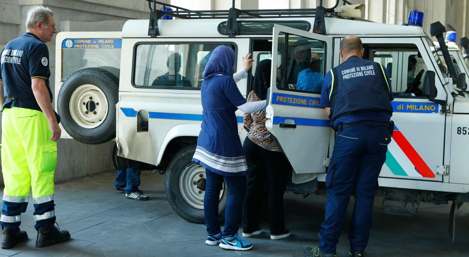 Włochy chcą unijnego komitetu, by negocjować relokację migrantów