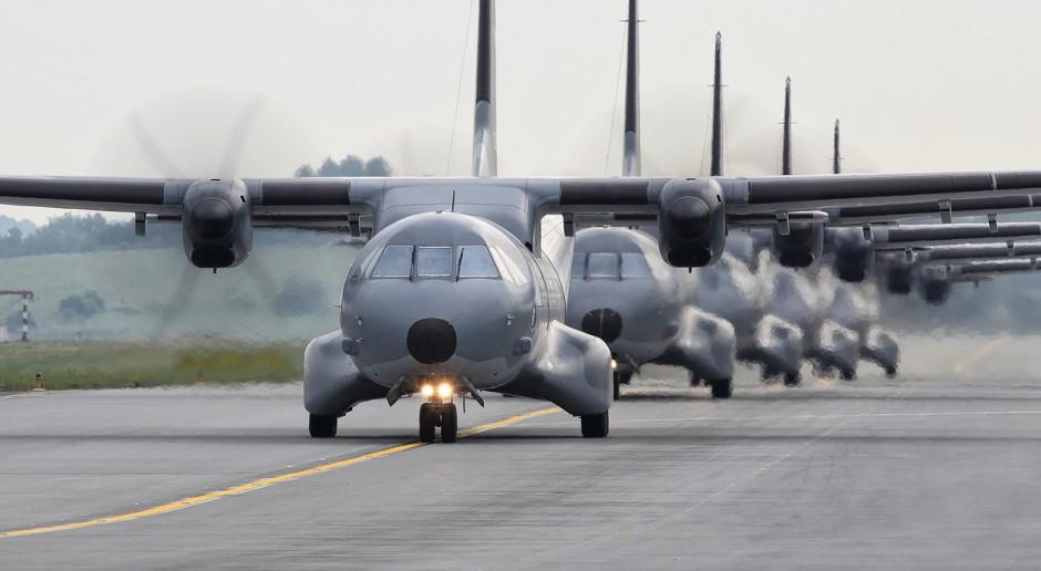 Polskie siły lotnicze, samoloty transportowe, źródło: twitter.com/DGeneralneRSZ