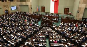 Posłowie PO-KO wnioskują, by posiedzenie Sejmu zostało dokończone w ciągu 10 dni