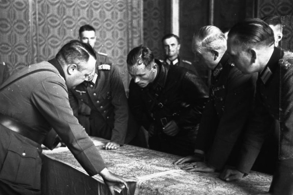 Rozmowy wojskowych III Rzeszy i ZSRR przed rozpoczęciem II wojny światowej, której częścią była agresja sowiecka na II RP 17 września 1939 r. (fot. wikimedia.org/CC BY-SA 3.0 de)
