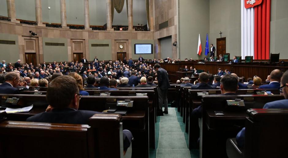 Sejm przyjął ustawę ustanawiającą 12 listopada 2018 dniem wolnym od pracy