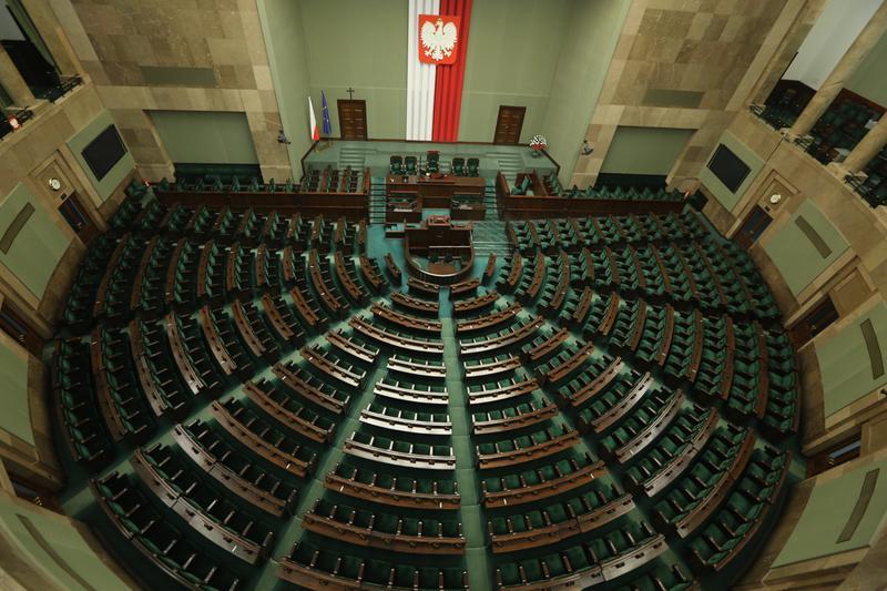 Najbliższe wybory to wybory niezwykle ważne dla lewicy, bo lewica wraca po dłuższej absencji do Sejmu - przekonuje Piotr Gadzinowski. Fot. Sejm