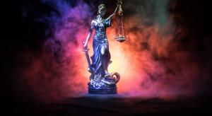 Ast: Projekt PiS daje podstawę do powrotu sędziów, którzy przeszli w stan spoczynku