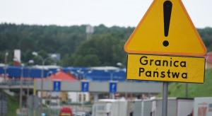 200 tys. cudzoziemców spoza UE z zezwoleniami na pobyt czasowy