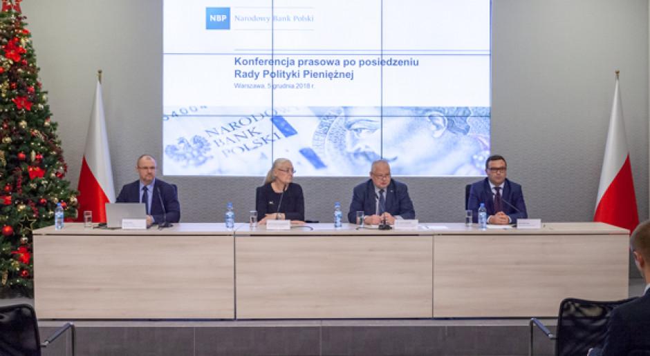 Konferencja prasowa NBP na której zaprezentowano wyniki obrad RPP, grudzień 2018 (fot. NBP/nbp.pl)